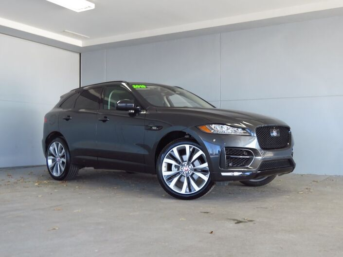 2019 Jaguar F-PACE 30t R-Sport Merriam KS
