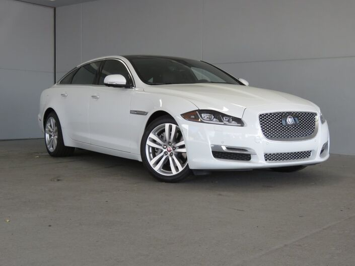 2019 Jaguar XJ  Merriam KS