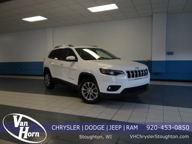 2019 Jeep Cherokee LATITUDE PLUS FWD Stoughton WI