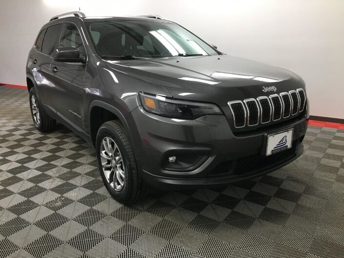 2019 Jeep Cherokee Latitude Plus 4x4 Appleton WI