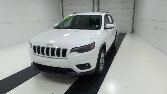 2019 Jeep Cherokee Latitude Plus FWD Topeka KS