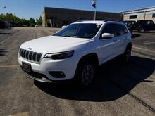 2019_Jeep_Cherokee_Latitude Plus_ Milwaukee and Slinger WI