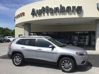 2019_Jeep_Cherokee_Latitude Plus_ Cape Girardeau