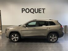 2019_Jeep_Cherokee_Limited_ Golden Valley MN