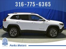 2019_Jeep_Cherokee_Trailhawk_ Wichita KS