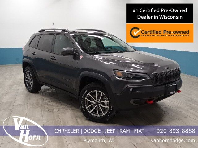 2019 Jeep Cherokee Trailhawk Plymouth WI