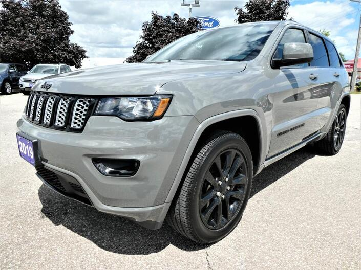 2019 Jeep Grand Cherokee Altitude | Navigation | Blind Spot Detection | Sunroof Essex ON