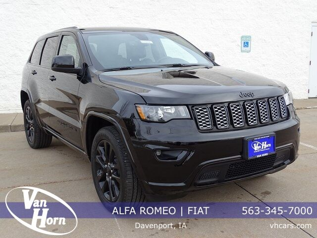 2019 Jeep Grand Cherokee Altitude Plymouth WI