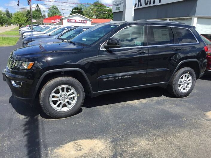 2019 Jeep Grand Cherokee Laredo E Rock City NY