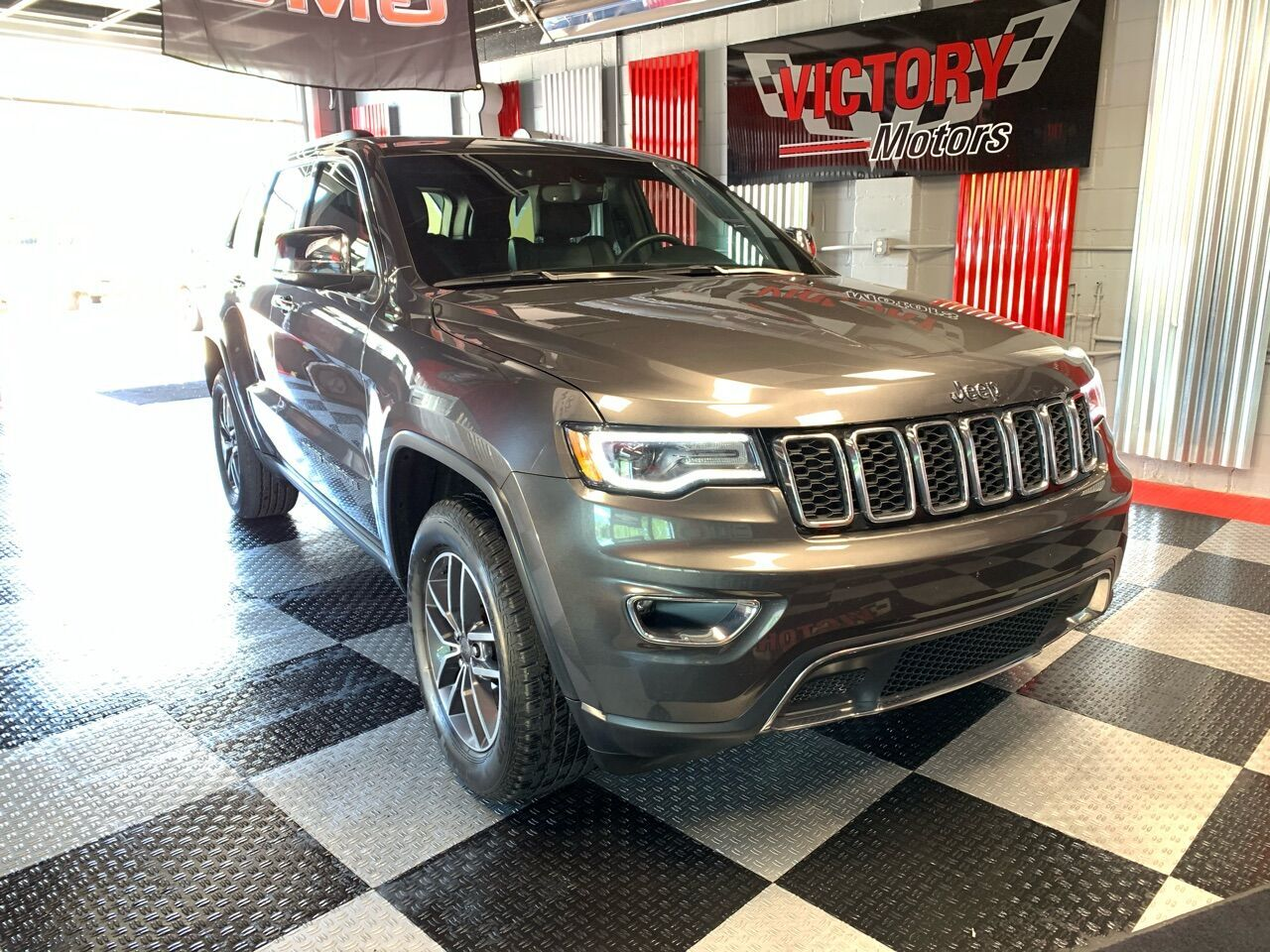 2019 Jeep Grand Cherokee Limited 4x4 4dr SUV Royal Oak MI
