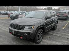 2019_Jeep_Grand Cherokee_Trailhawk_ Milwaukee and Slinger WI