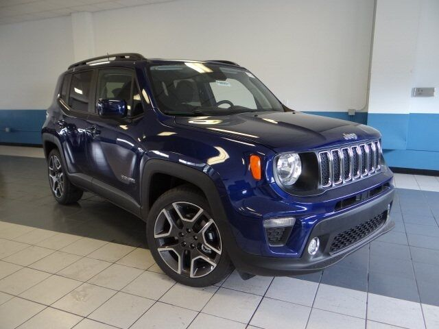 2019 Jeep Renegade LATITUDE FWD Plymouth WI