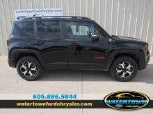 2019_Jeep_Renegade_Trailhawk_ Watertown SD