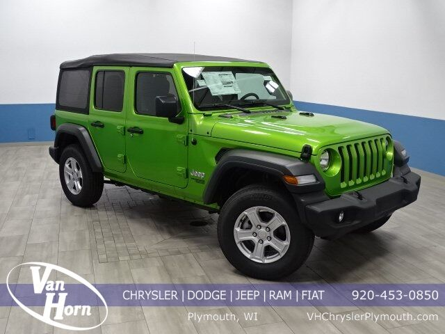 2019 Jeep Wrangler UNLIMITED SPORT S 4X4 Plymouth WI