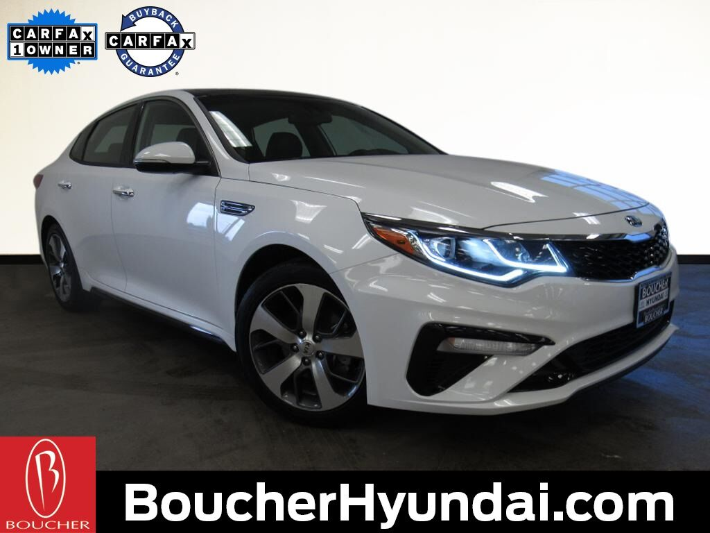 2019 Kia Optima S w/Panoramic Sunroof Pkg Waukesha WI