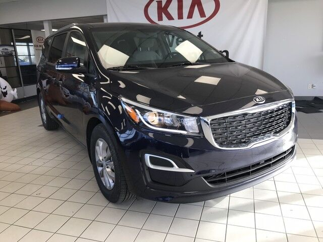 2019 Kia Sedona LX FWD 3.3L *REAR PARKING SENSORS/HEATED CLOTH FRONT SEATS/POWER DRIVER SEAT WITH POWER LUMBAR* Edmonton AB