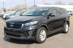 2019_Kia_Sorento_LX V6_ Fort Wayne Auburn and Kendallville IN