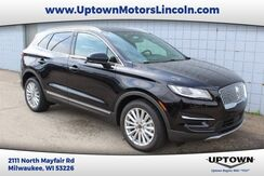 2019_Lincoln_MKC_FWD_ Milwaukee and Slinger WI