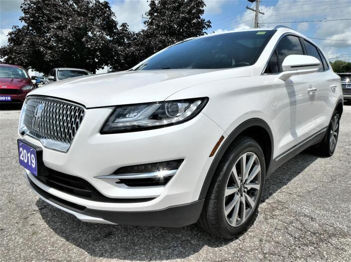 2019 Lincoln MKC Reserve   Blind Spot Monitor   Panoramic Roof   Cooled Seats Essex ON