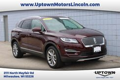2019_Lincoln_MKC_Select_ Milwaukee and Slinger WI