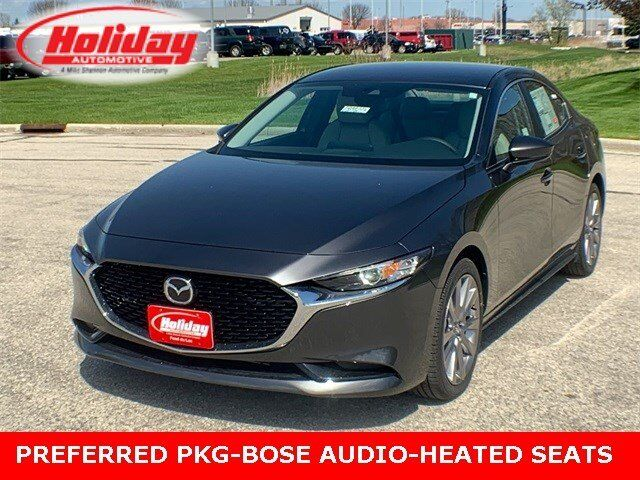 2019 Mazda Mazda3 Sedan with Preferred Pkg Fond du Lac WI