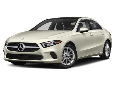 2019_Mercedes-Benz_A_220 4MATIC® Sedan_  Novi MI