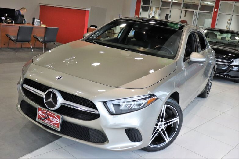 2019 Mercedes-Benz A-Class A 220 Premium Multimedia Driver Assistance Package Navigation Sunroof 1 Owner Springfield NJ