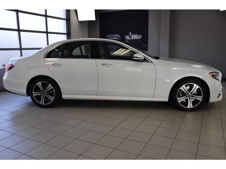 2019_Mercedes-Benz_E_300 4MATIC® Sedan_ Medford OR