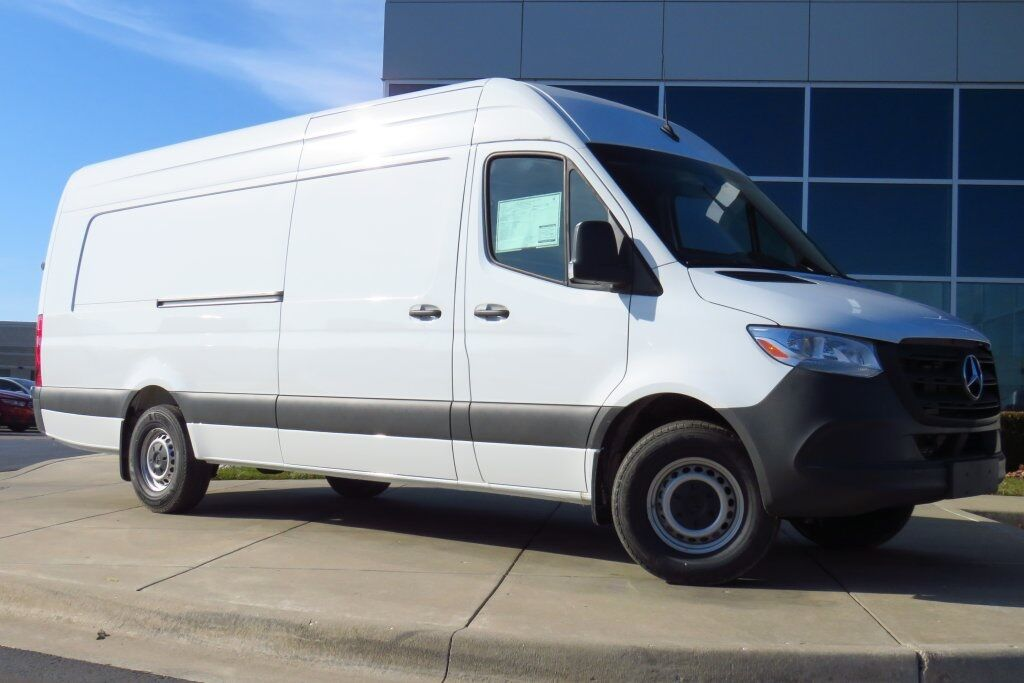 2019 Mercedes-Benz Sprinter 2500 Extended Cargo Van Kansas City MO