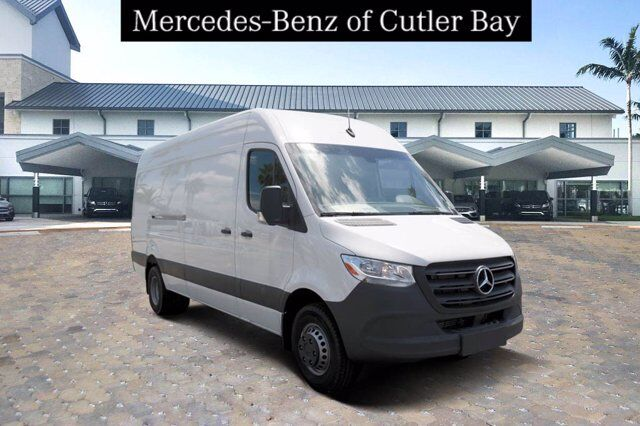 2019 Mercedes-Benz Sprinter 4500 Cargo Van Cutler Bay FL