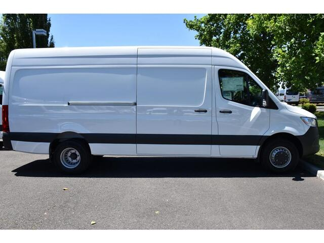 2019 Mercedes-Benz Sprinter 4500 Cargo Van  Medford OR