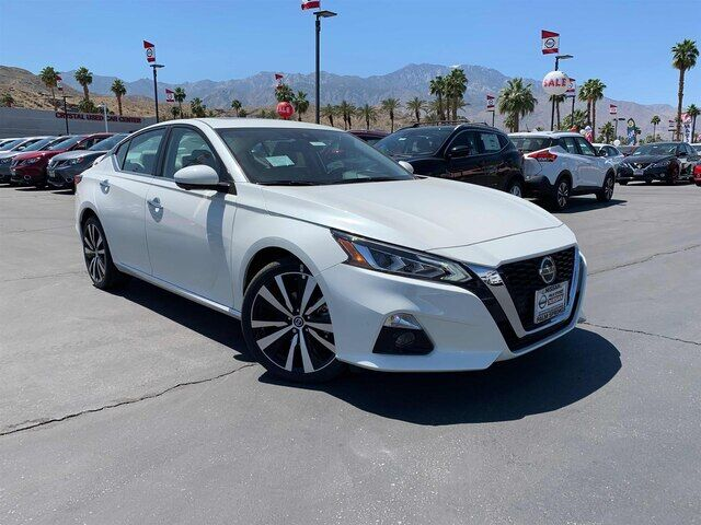 2019 Nissan Altima 2.5 Platinum Palm Springs CA
