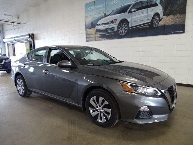 2019 Nissan Altima 2.5 S Plymouth WI