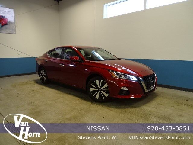 2019 Nissan Altima 2.5 SV Plymouth WI