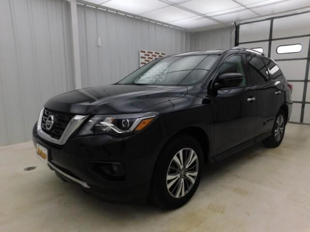 2019 Nissan Pathfinder 4x4 SL Manhattan KS