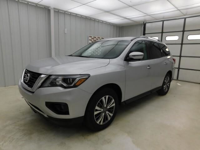 2019 Nissan Pathfinder FWD SL Manhattan KS