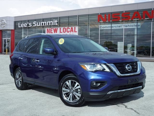 2019 Nissan Pathfinder SV 4WD Lee's Summit MO