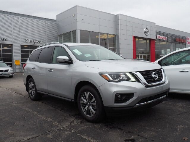 2019 Nissan Pathfinder SV Lee's Summit MO