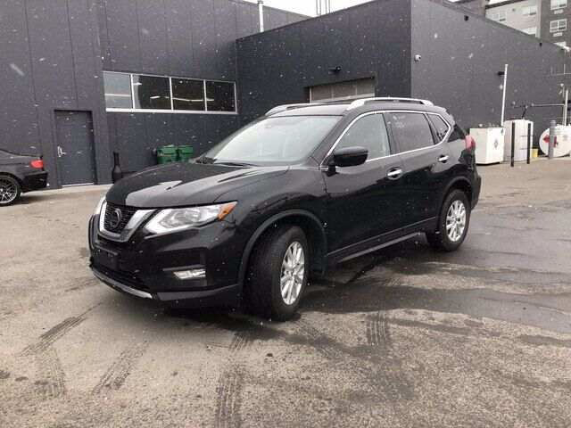 2019 Nissan Rogue SV | AWD | HTD SEATS | *GREAT DEAL* Calgary AB