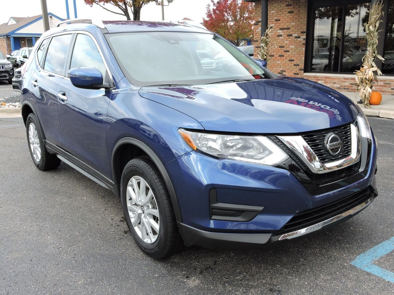 2019 Nissan Rogue SV AWD 4dr Crossover