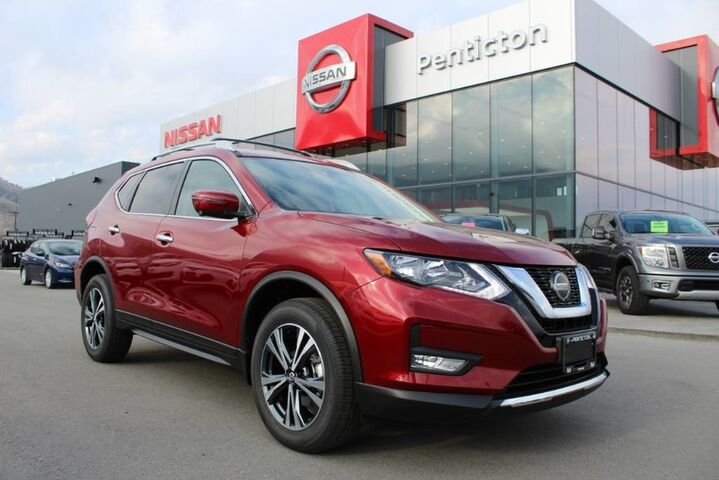 2019 Nissan Rogue SV DEMO BLOWOUT INCLUDES WINTER TIRES Kelowna BC