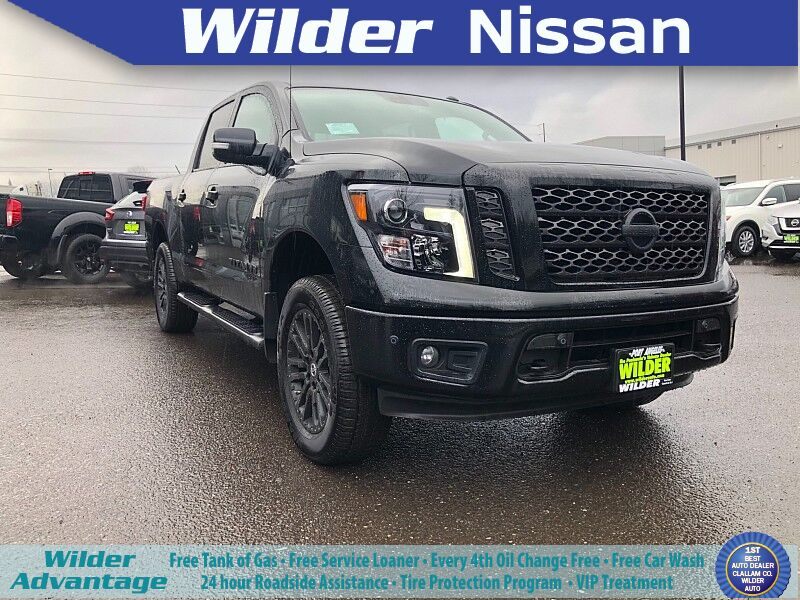 2019 Nissan Titan 4WD Crew Cab SV Midnight Edition Lifted