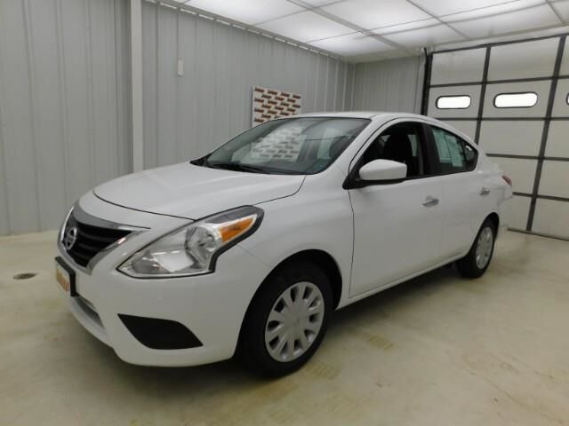 2019 Nissan VERSA S Manhattan KS