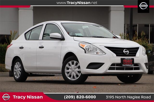 2019 Nissan Versa 1.6 S Plus Tracy CA