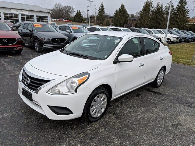 2019 Nissan Versa SV Bloomington IN