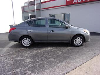 2019_Nissan_Versa Sedan_S Plus_ Richmond KY