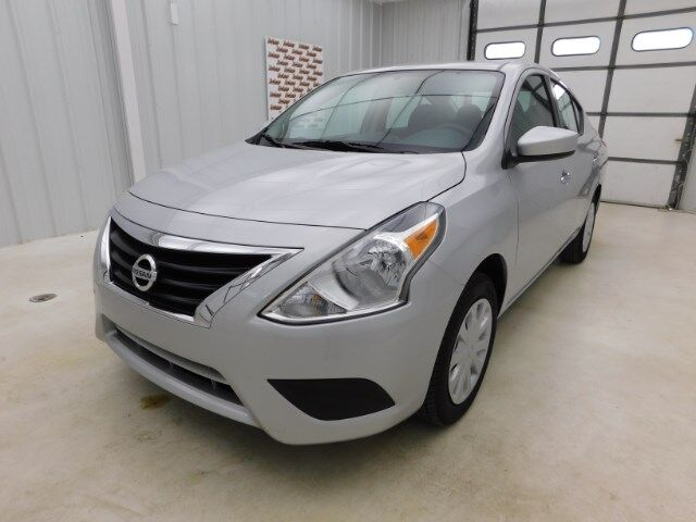2019 Nissan Versa Sedan SV CVT Manhattan KS