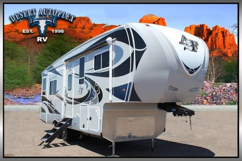 2019 Northwood Arctic Fox 28-5C Triple Slide Fifth Wheel RV Mesa AZ
