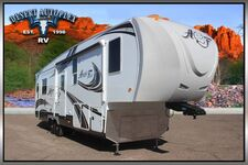 2019 Northwood Arctic Fox 32-5M Triple Slide Fifth Wheel RV