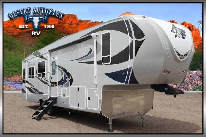 2019 Northwood Arctic Fox 35-5Z Triple Slide Fifth Wheel RV Mesa AZ